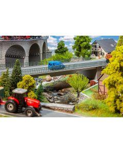 Faller H0 verkeersbrug 120499  vanaf 10/19