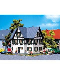 Faller Dubbelgezinshuis met vakwerk 130259