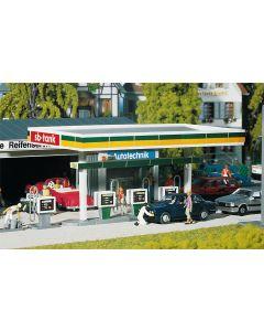 Faller Overdekte Benzinepomp 130346