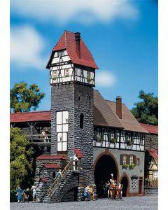 Faller Torenhuis voor oude stad 130402