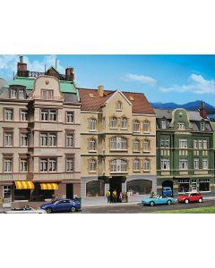 Faller Stadshuis met café 130447