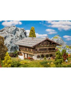 Faller Grote Alpenboerderij 130553