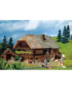 Faller Zwarte Woud boerderij 131379