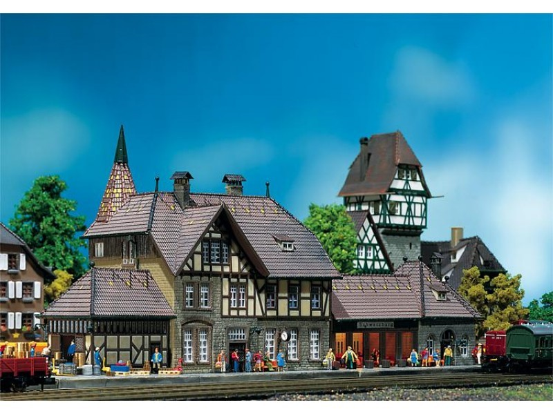 Faller N Station Schwarzburg 212111
