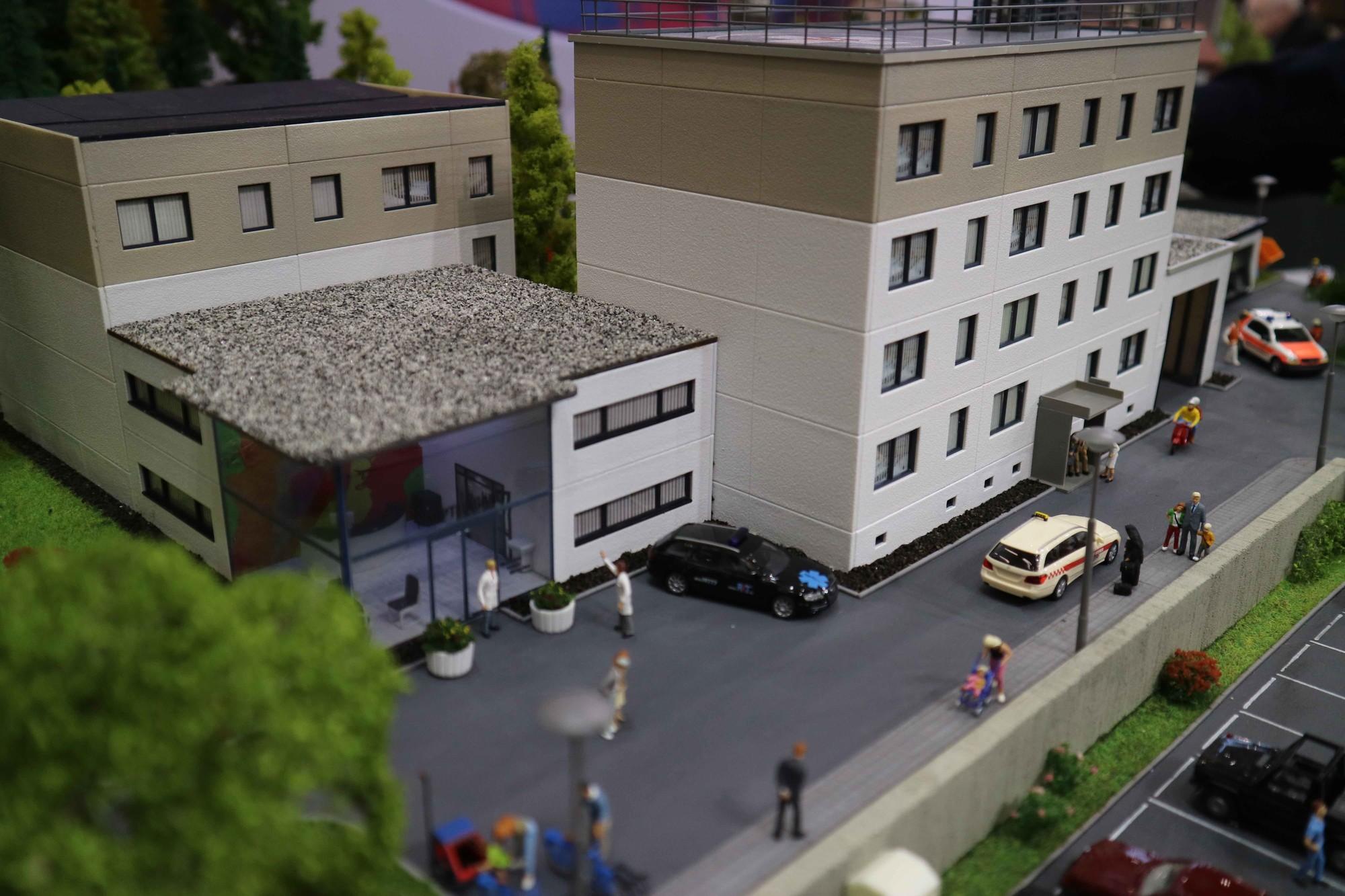 Faller Premium model ziekenhuis